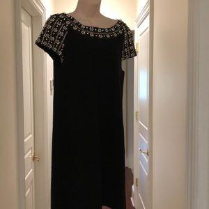 TRACY REESE SHORT BEADED BLACK DRESS
